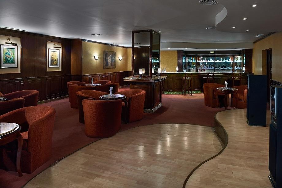 Sea Star Beau Rivage Hotel-Hurghada- pub