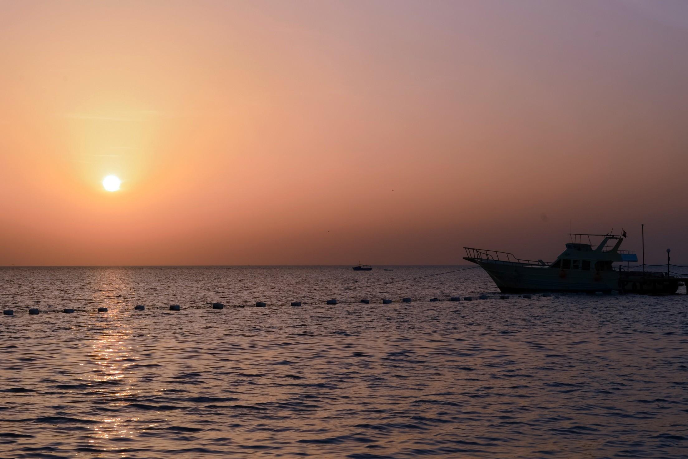 Sea Star Beau Rivage Hotel-Hurghada- sunrise3